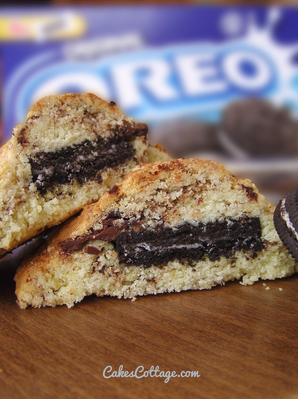 Oreo-Stuffed-Chocolate-Chip-Cookie