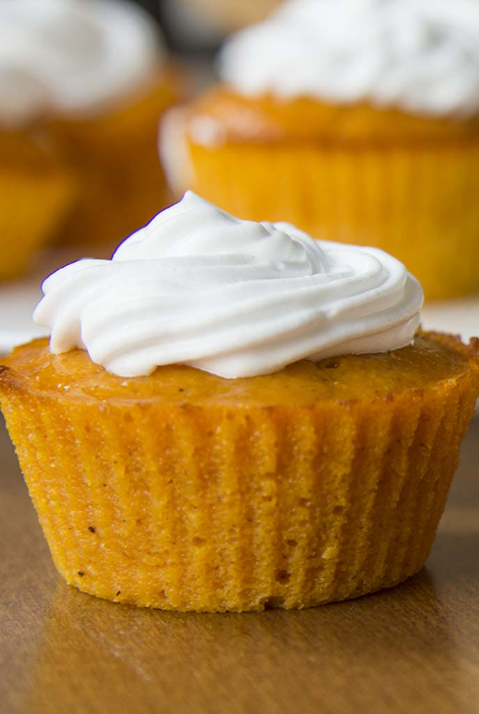 ... Pumpkin Pie Cupcakes | www.cakescottage.com | #recipes #pumpkin #