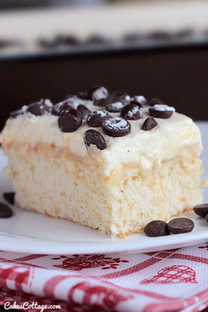 cannoli poke cake recipe cakescottage
