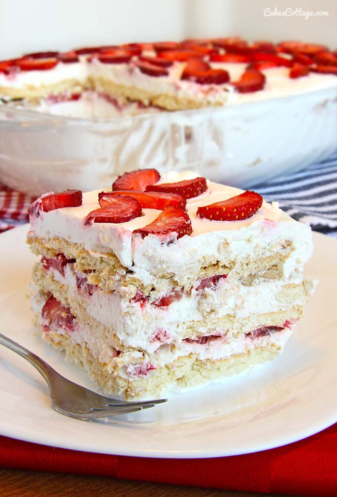No Bake Strawberry Icebox Cake - Cakescottage