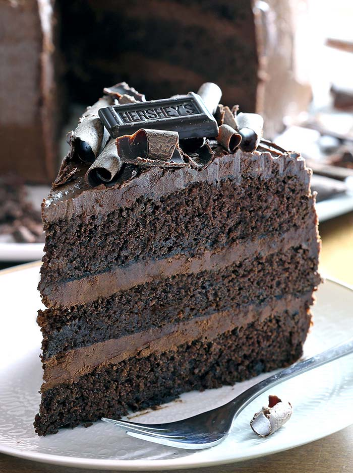 dark chocolate cake cakescottage