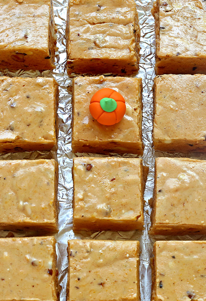It's no trick – Pumpkin pie fudge is a quick, easy recipe that's great to bring to a Halloween party, tailgate party or even Thanksgiving.
