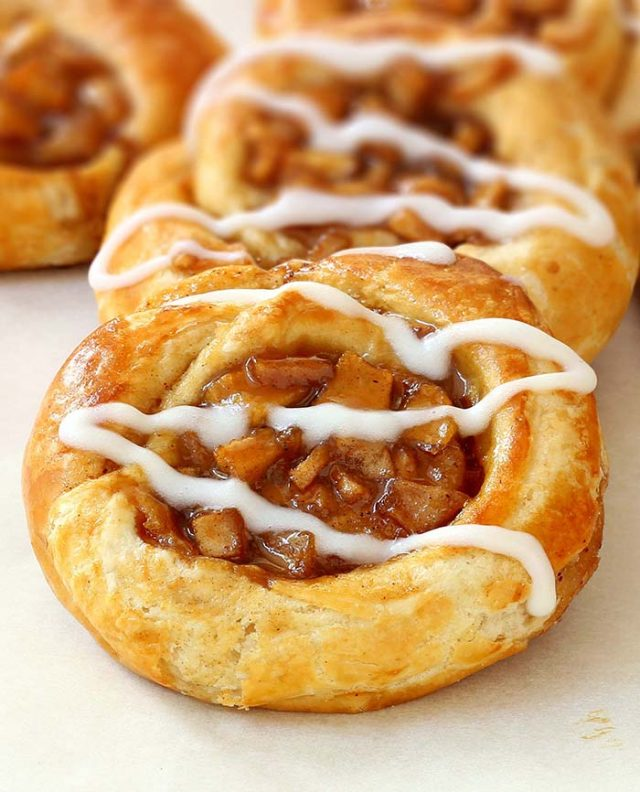 Do you need an excellent treat for breakfast or brunch? You cannot get any easier than this apple pie danish.